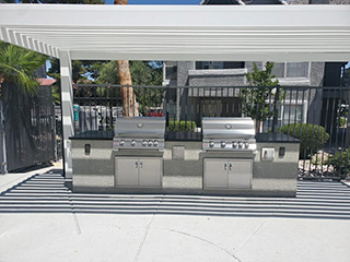 Custom-built Outdoor Kitchen | Drywall Repair & Remodeling LA